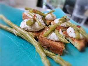 Croutons w Mustard Cream & Asparagus