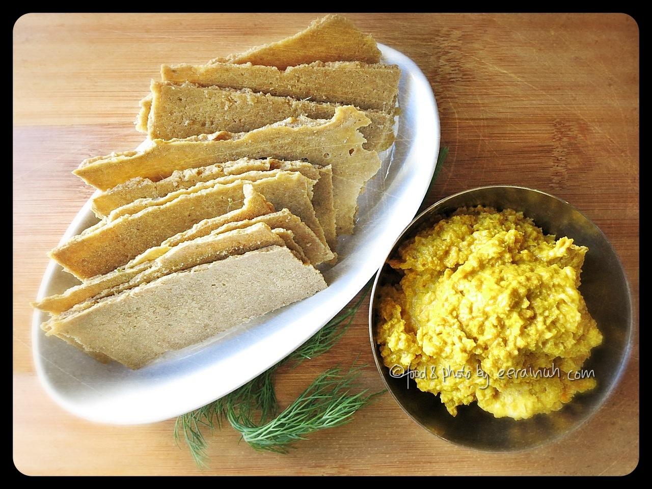 Raw Onion Cashew Amp Sunflower Seed Crackers Vavavoom