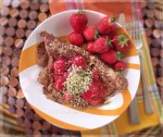 Aniseed Spelt Pancakes w Chunky Strawberry Mash